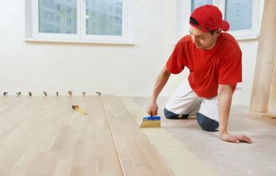 17276468_l-worker adding glue on floor